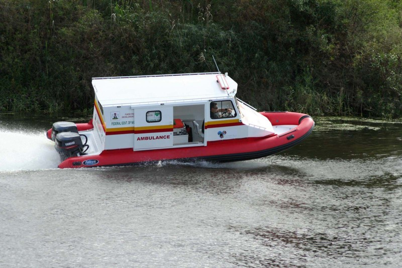 Bateau ambulance